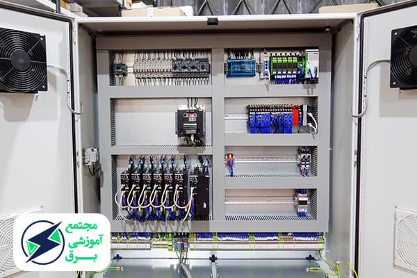 طول دوره و مدرک تحصیلی مورد نیاز برای شرکت در دوره های برق ساختمان